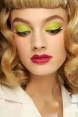 dior_makeup_green_thumb